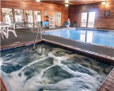 Comfort Inn and Suites Klamath Falls Amenities - Indoor Pool and Tub