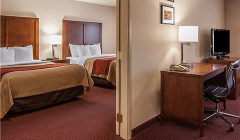 Comfort Inn and Suites Klamath Falls Non Smoking Double Queen Suite